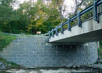 Bridge Abutments Using Segmental Retaining Walls