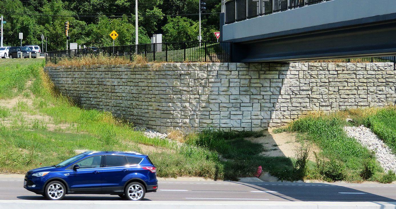 Case-200_Chesterfield-Bridge_1.jpg