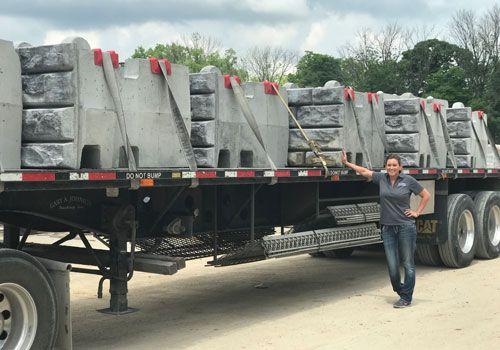 XL block truck load