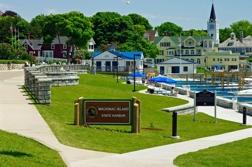 Columns and low retaining walls compliment the Mackinac Island State Harbor