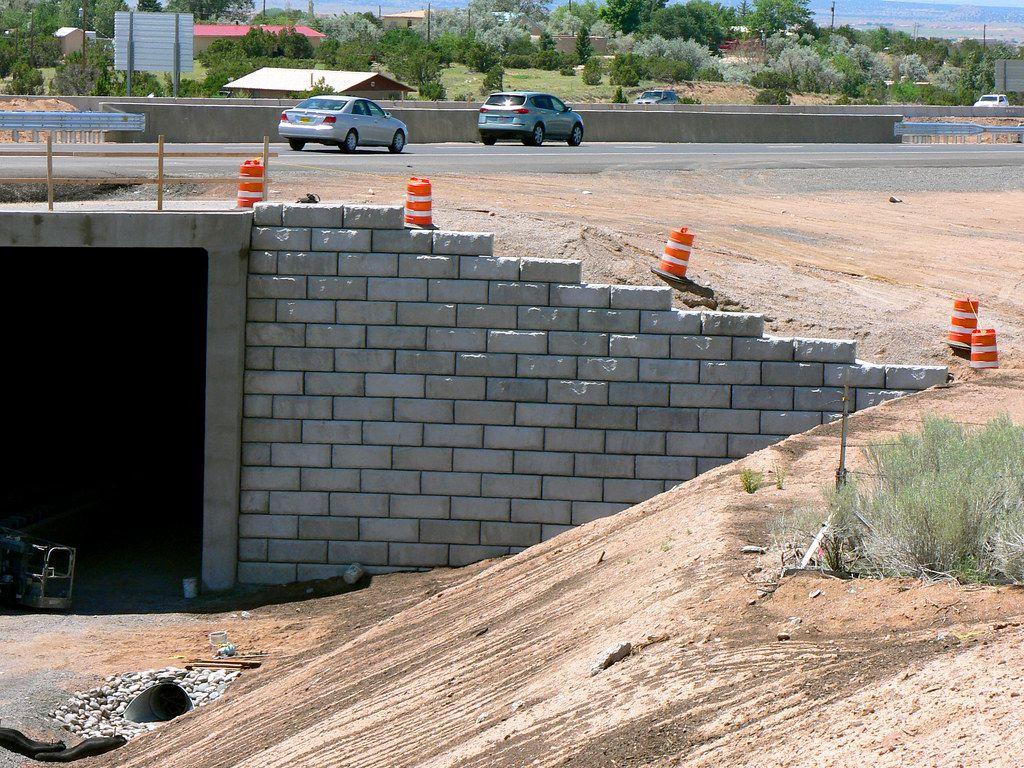 Limestone bridge abutments supporting Rail Runner line