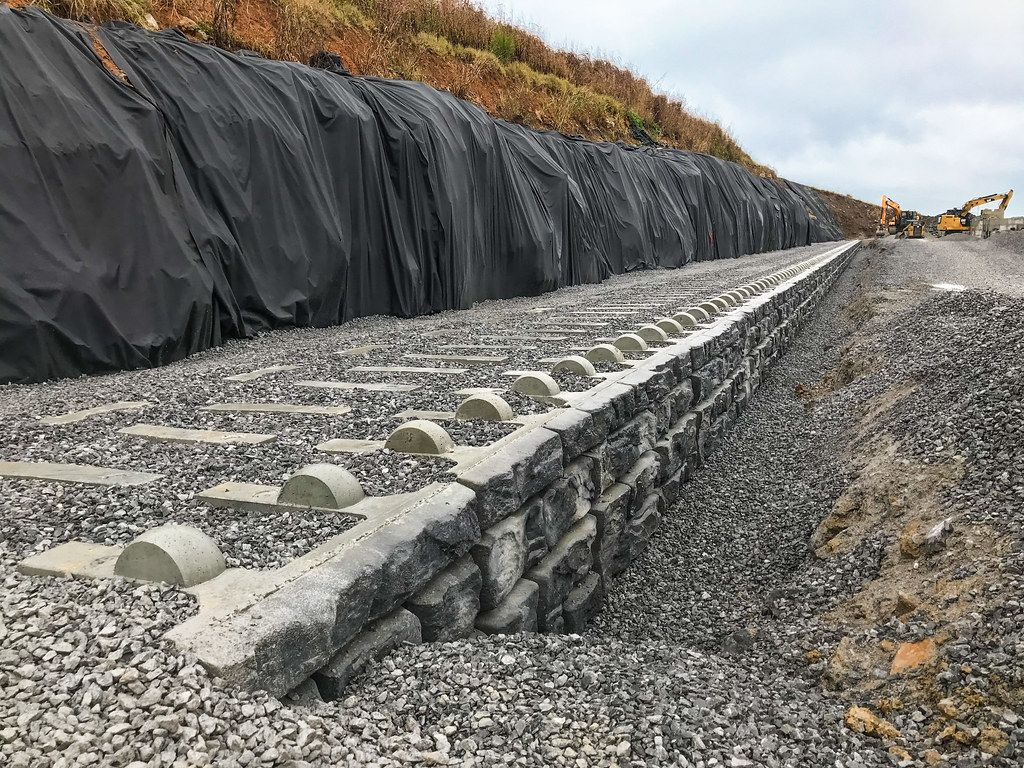 Installation of XL retaining wall at airport