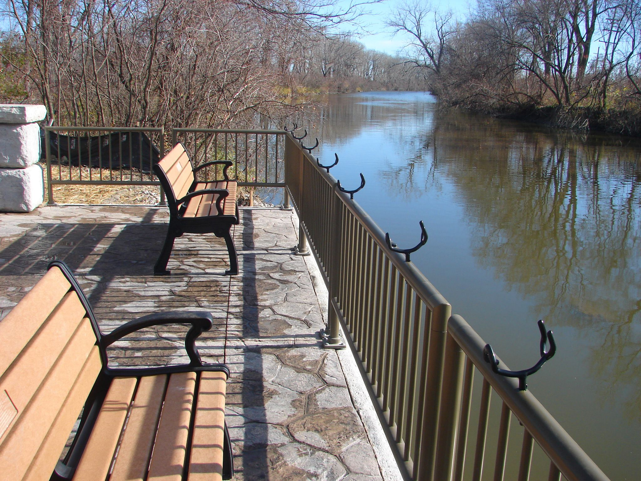 Fishing Pier seating area along River Raisin