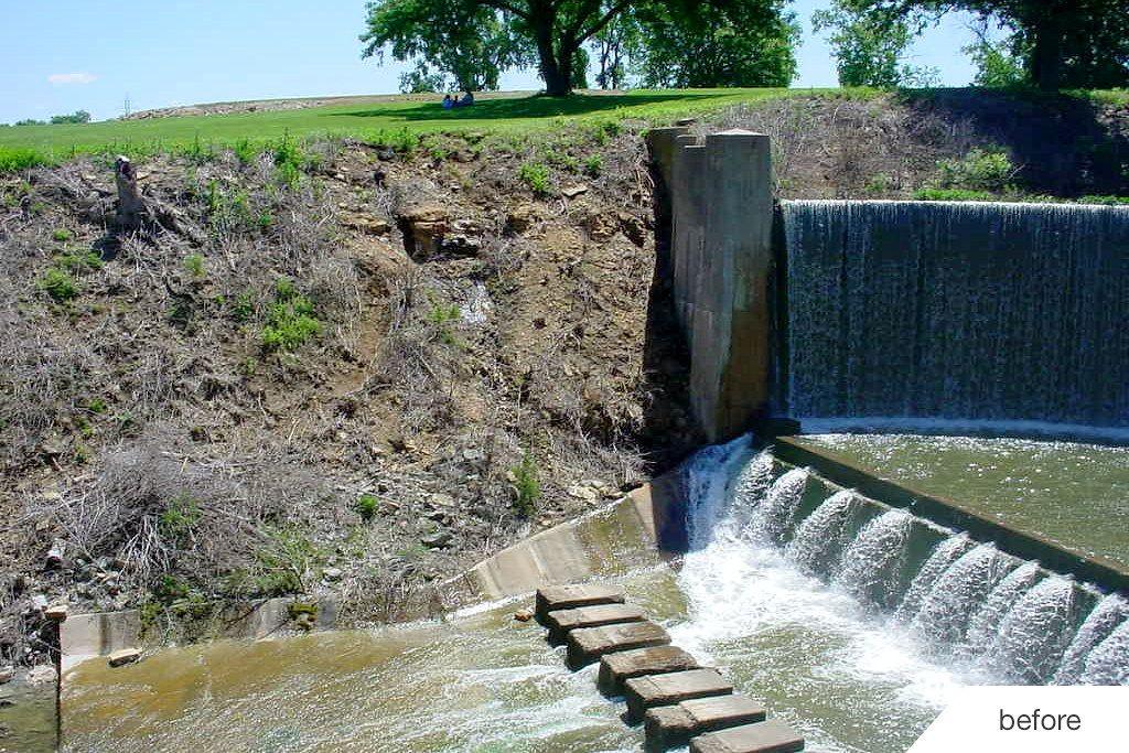 Redi-Rock-limestone-reinforced-water-MidwestConcreteMaterials-LakeShawneeDam2_1.jpg